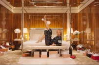 karolina-kurkova-net-a-porter-shoe-ad-campaign-video-2